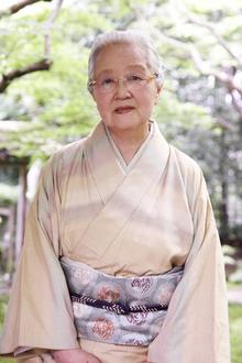 220px-志村ふくみの肖像写真